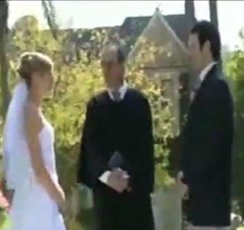 Trauzeuge ruiniert die Hochzeit